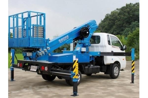 Автовышка 25 метров Tadano AT-245 CG