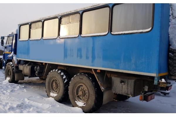 Вахтовый автобус КамАЗ 5350
