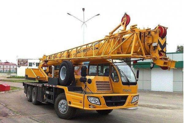 Автокран 16 тонн XCMG QY 16D