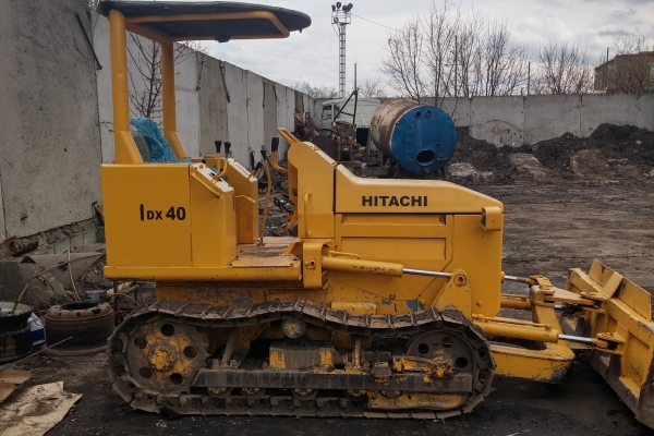 Бульдозер Hitachi DX40